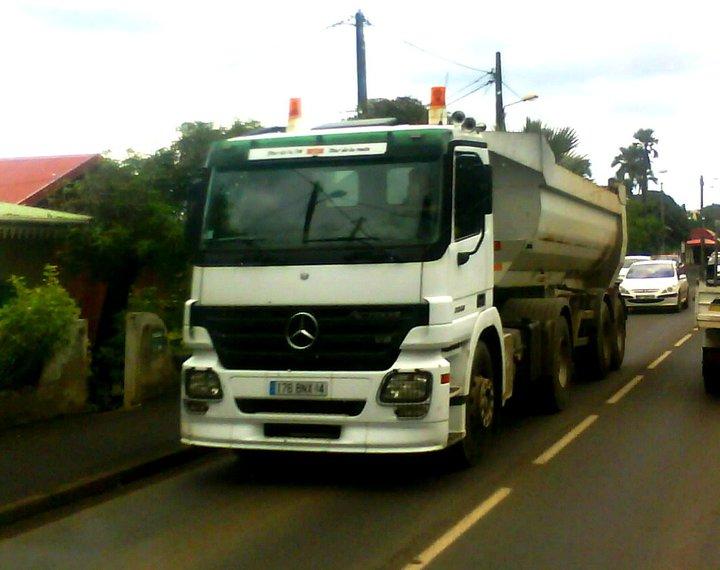 Les camions de l'Ile de la Reunion - Page 2 16327310