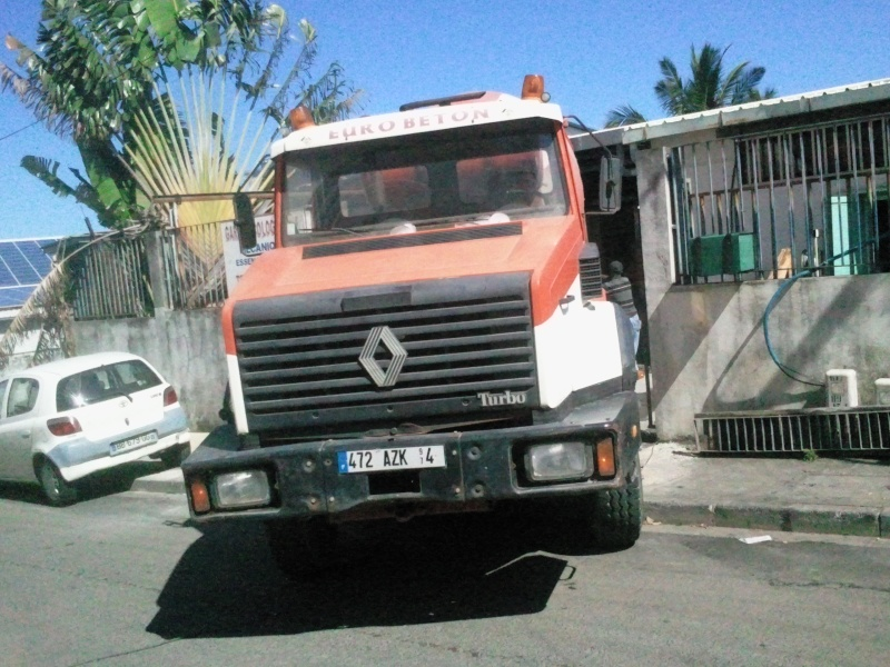 Les camions de l'Ile de la Reunion - Page 3 2011-111