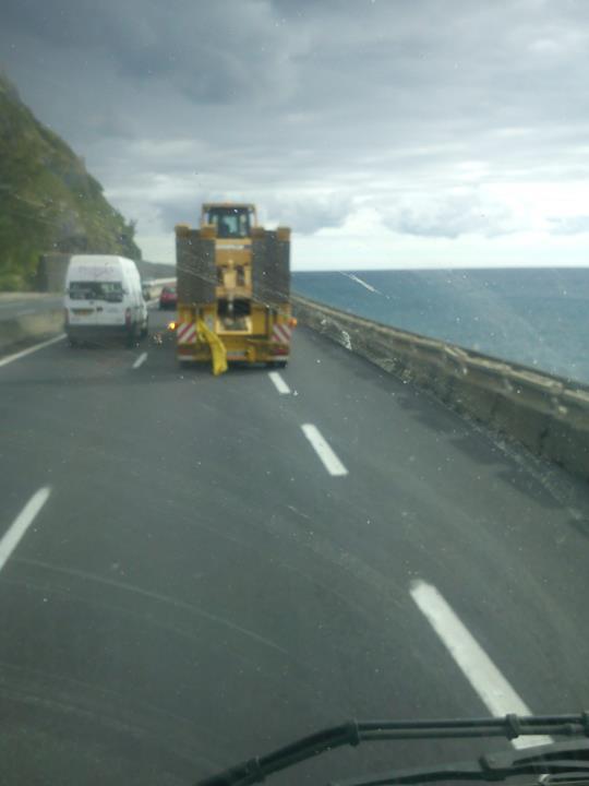 Les camions de l'Ile de la Reunion - Page 2 22370710