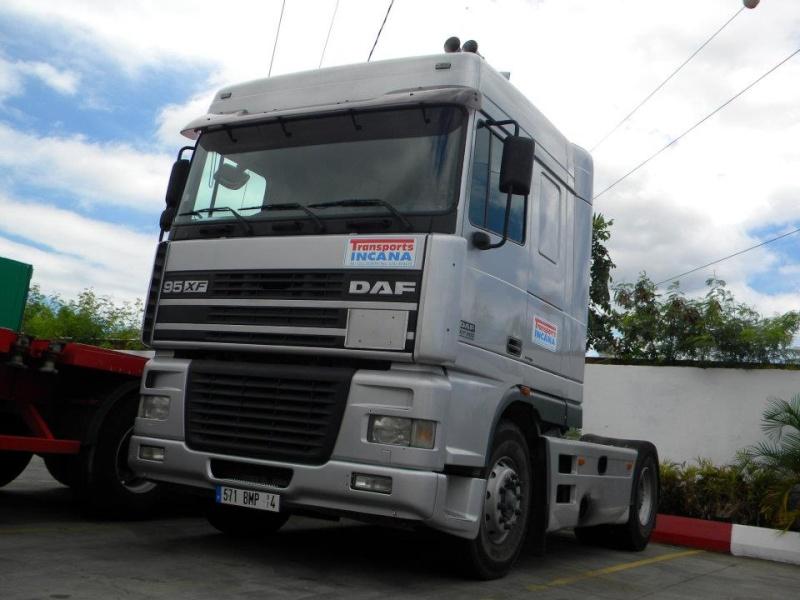 Les camions de l'Ile de la Reunion - Page 7 24657510