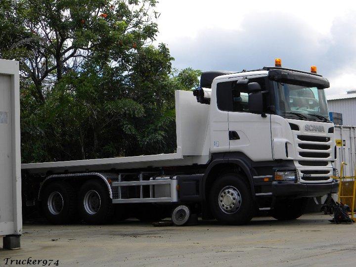 Les camions de l'Ile de la Reunion - Page 2 26024210