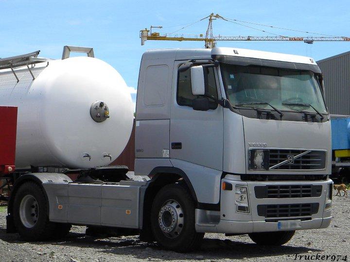 Les camions de l'Ile de la Reunion - Page 2 26946010