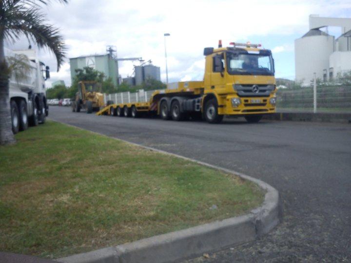 Les camions de l'Ile de la Reunion - Page 2 27107510