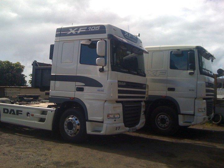 Les camions de l'Ile de la Reunion - Page 5 28356410