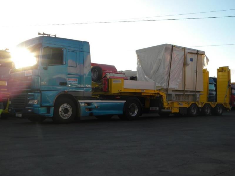 Les camions de l'Ile de la Reunion - Page 7 31535210