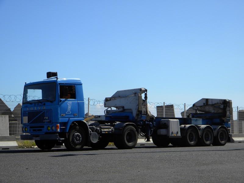 Les camions de l'Ile de la Reunion - Page 7 36aa9-10