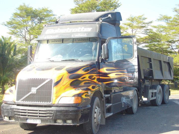 Les camions de l'Ile de la Reunion - Page 2 38375_10