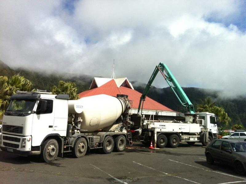 Les camions de l'Ile de la Reunion - Page 6 38448210
