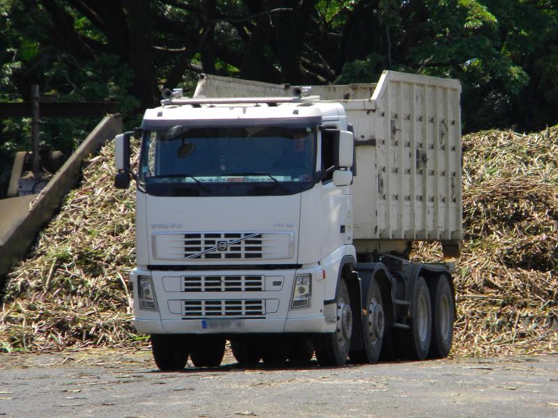 Les camions de l'Ile de la Reunion - Page 7 3c128-10