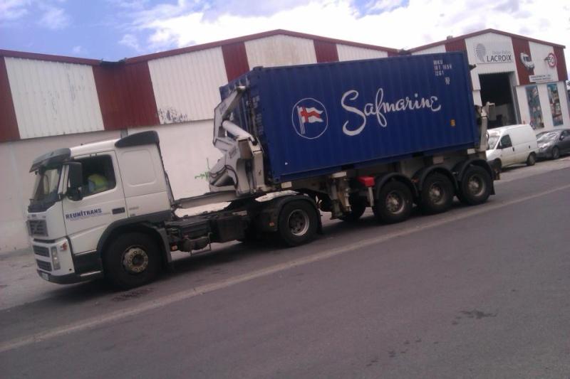 Les camions de l'Ile de la Reunion - Page 6 42612510