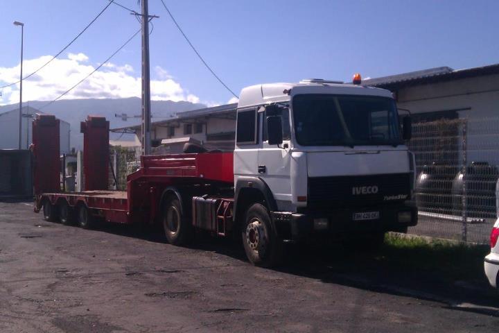 Les camions de l'Ile de la Reunion - Page 6 43117410
