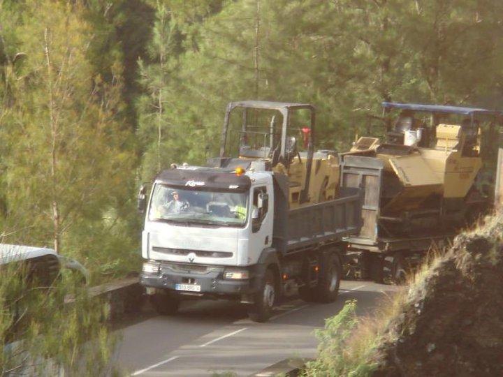 Les camions de l'Ile de la Reunion - Page 2 44739_10