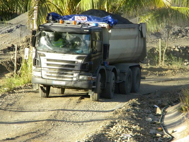 Les camions de l'Ile de la Reunion - Page 2 45244_10