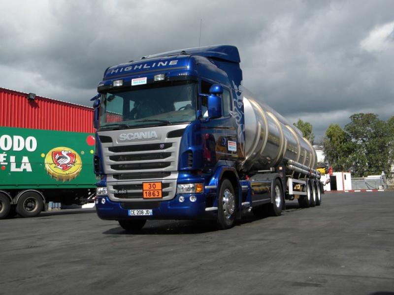 Les camions de l'Ile de la Reunion - Page 7 54817510