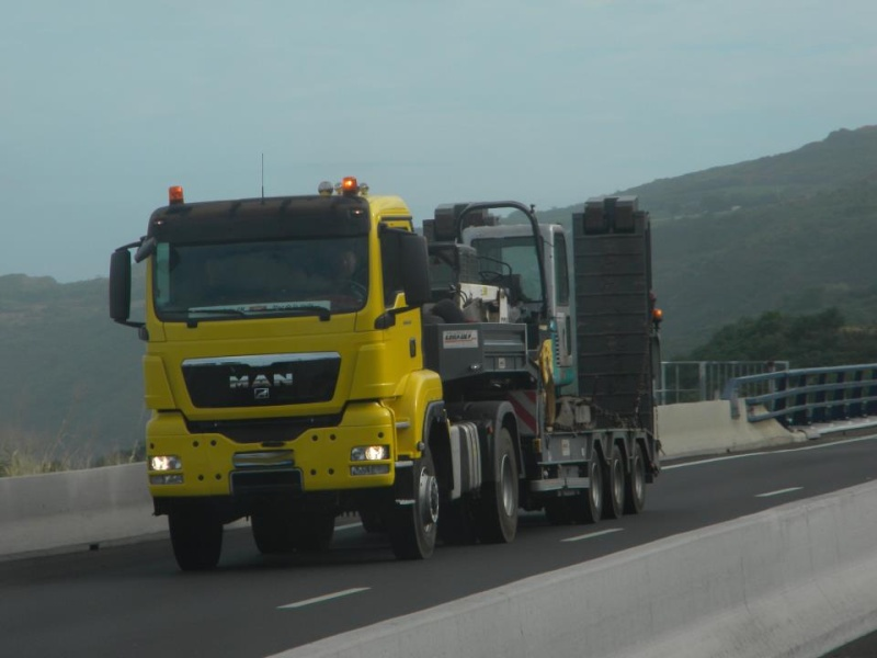 Les camions de l'Ile de la Reunion - Page 7 57760810