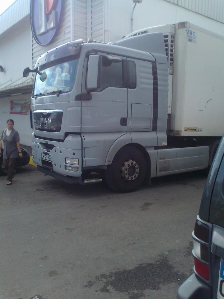 Les camions de l'Ile de la Reunion - Page 7 58132010