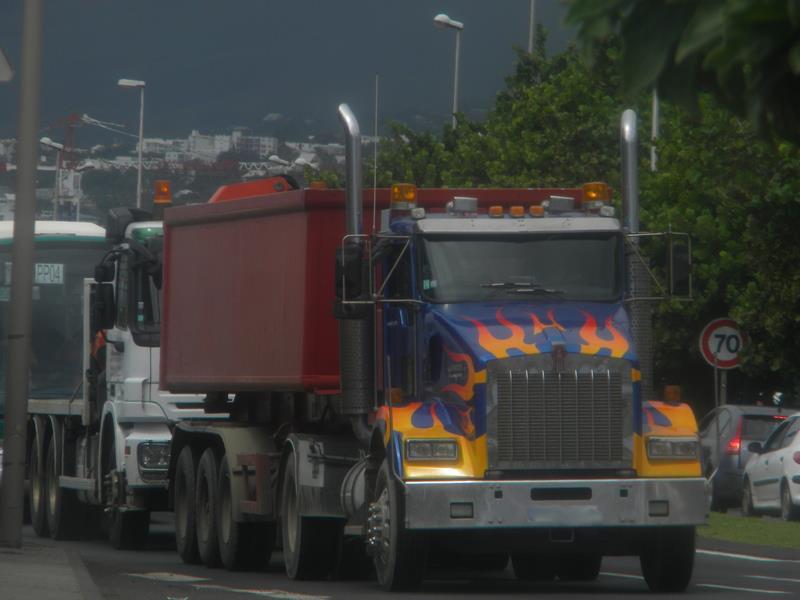 Les camions de l'Ile de la Reunion - Page 6 58156110