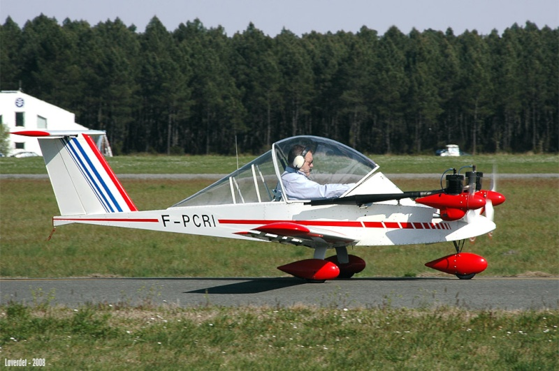 Technologie de fabrication des avions MC 15 & 100 1121410