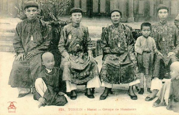 annam : bài ngà 牌牙 d'un officiel du musée d'histoire  Quan-l10