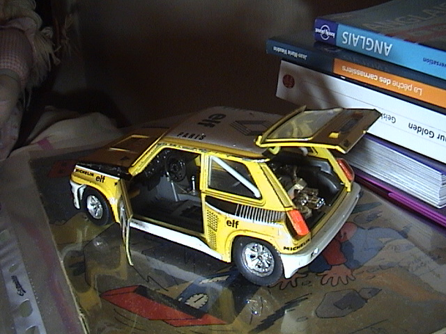 R5 Turbo 1/24 Dsc01013