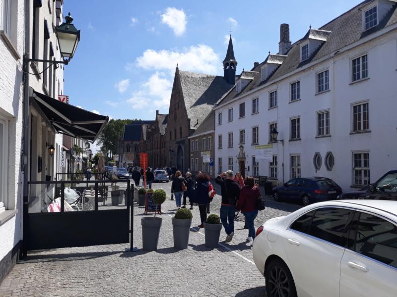 Rassemblement du club renault 15/17 des Pays Bas à Bruges. 20190534