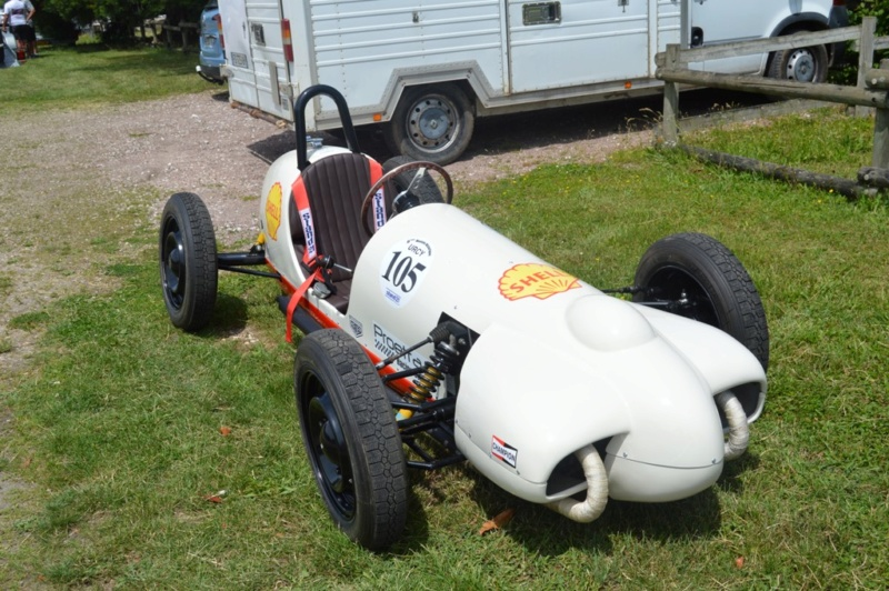 première rencontre auto moto Tonnerroise Dsc_1268