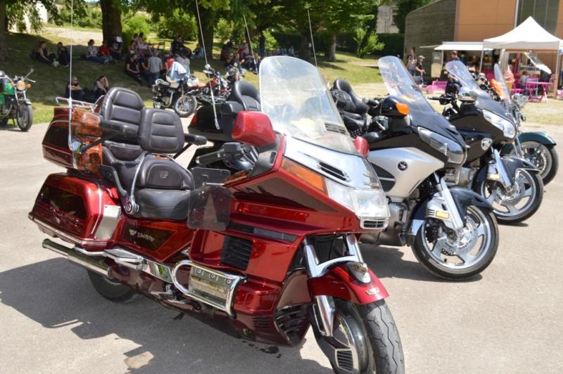 première rencontre auto moto Tonnerroise Dsc_1275