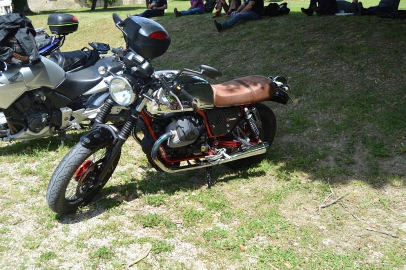 première rencontre auto moto Tonnerroise Dsc_1277