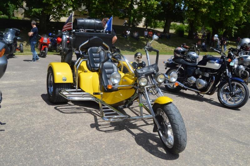 première rencontre auto moto Tonnerroise Dsc_1278