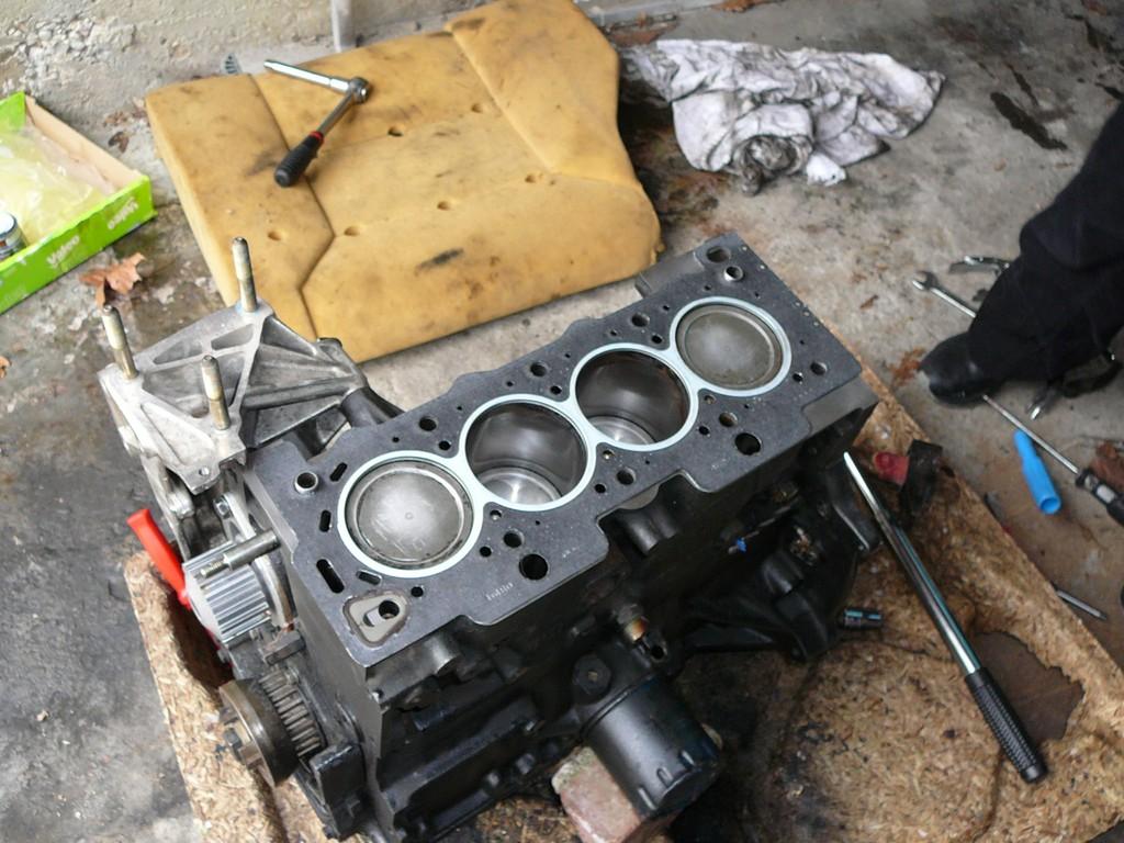 [Vendu] Peugeot 205 Indiana. P1030061