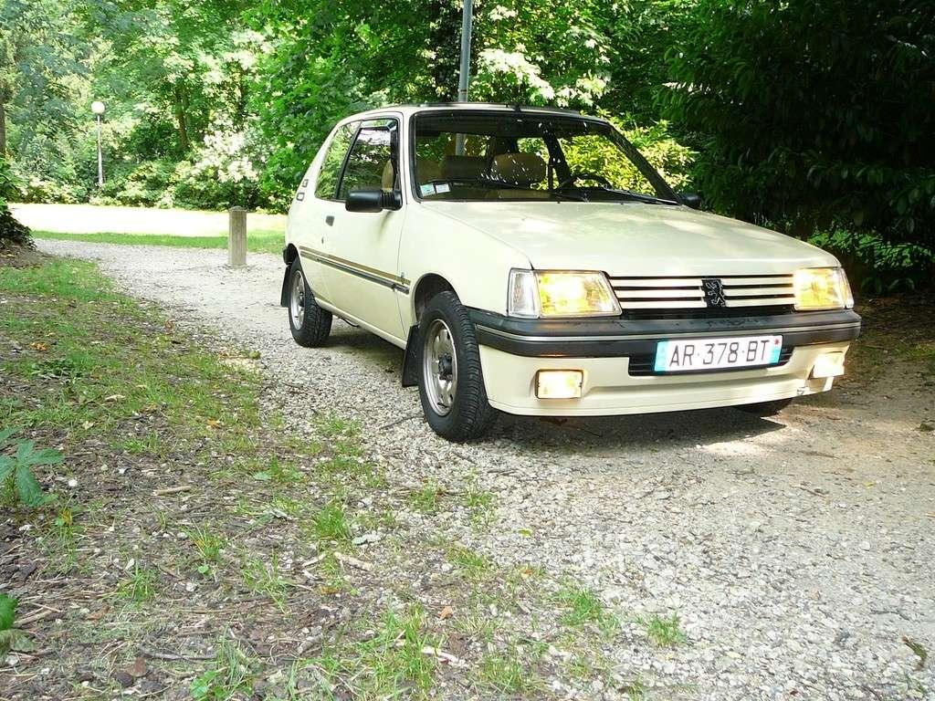 [Vendu] Peugeot 205 Indiana. P1040543