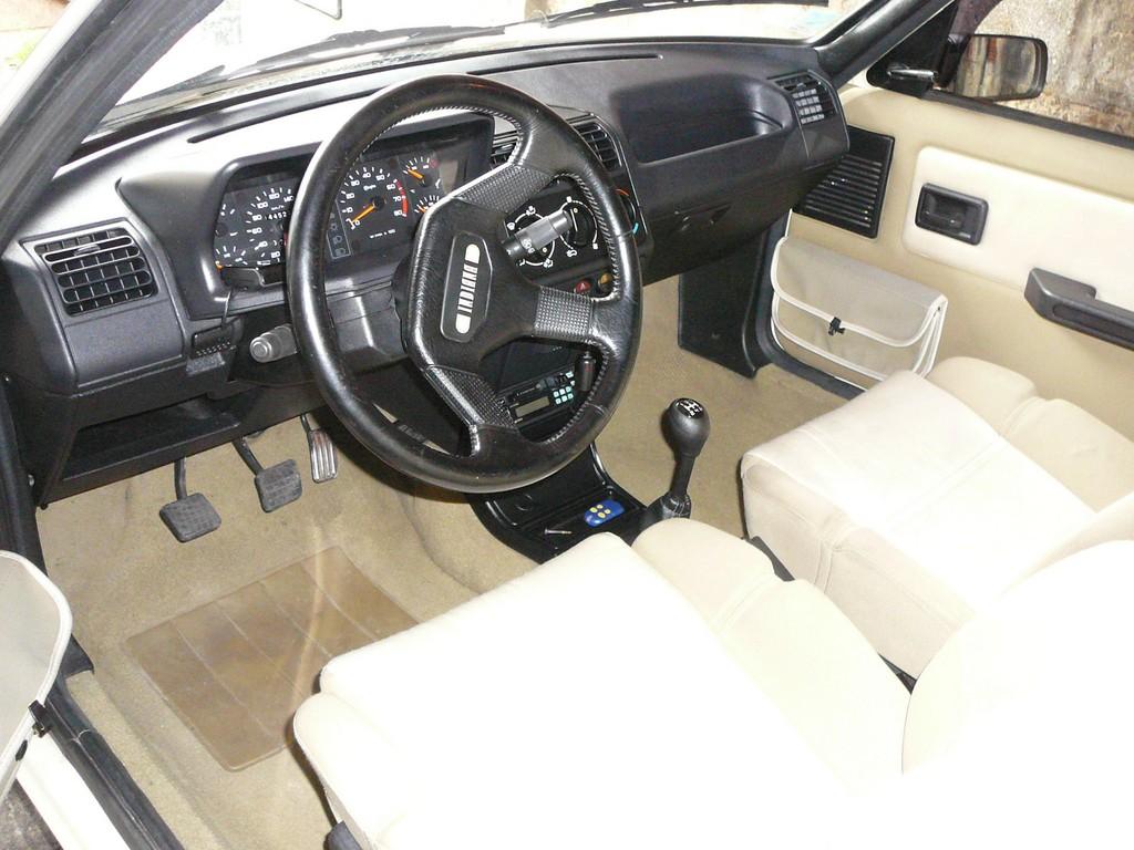 [Vendu] Peugeot 205 Indiana. P1040553