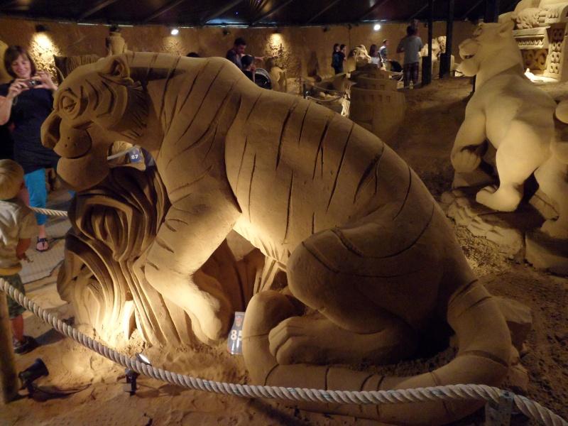 Blankenberge: Sculpture de sable Festival 2011 (belgique) - Page 4 Sam_0217