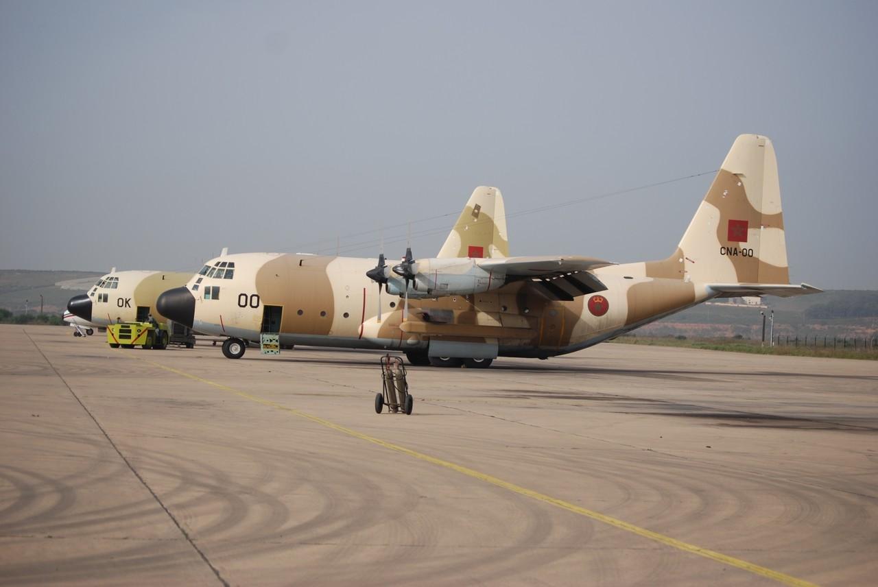 FRA: Photos d'avions de transport - Page 13 02-dsc10