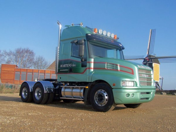 Iveco Strator. 25115910
