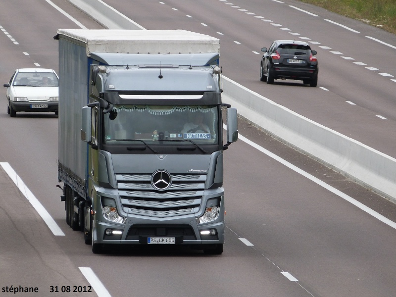 Mercedes Actros MP4 (euro 6 )  - Page 2 Le_31_33