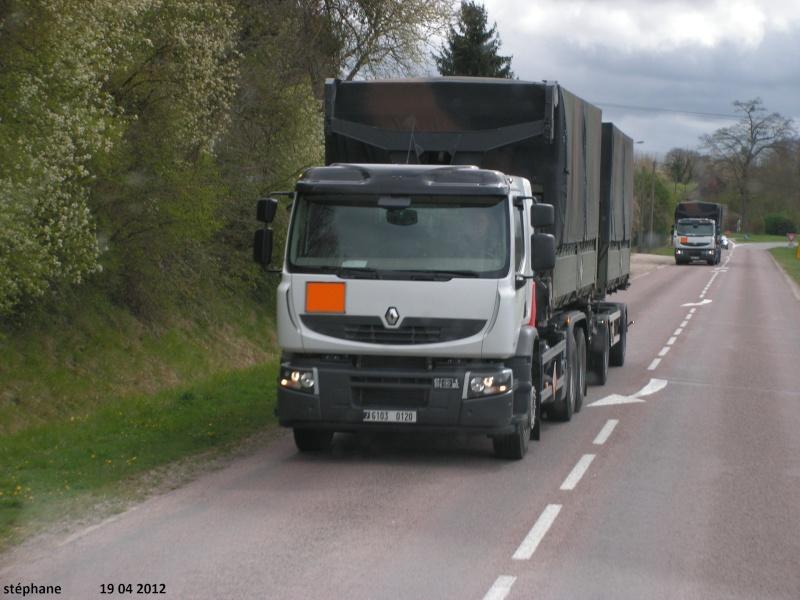 Renault Premium Lander dans les Armées françaises Pict2226