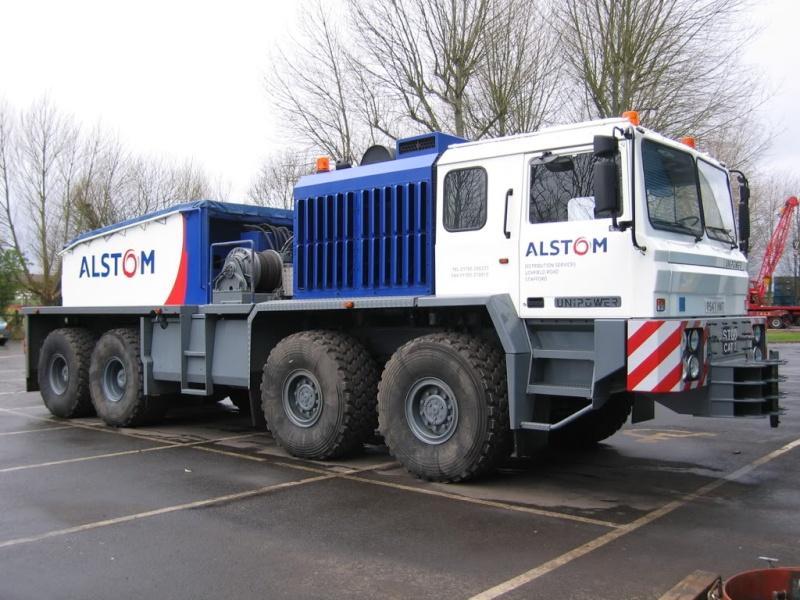 Titan Tractomas ou autres camions spéciaux. Unipow10