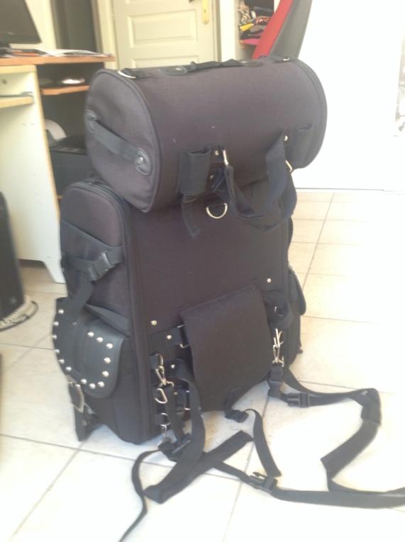Vends gros sac de voyage [Terminé en jus de chaussettes] Img_0310
