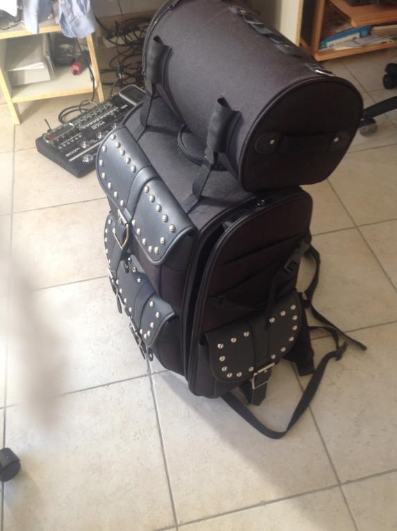 Vends gros sac de voyage [Terminé en jus de chaussettes] Img_0311