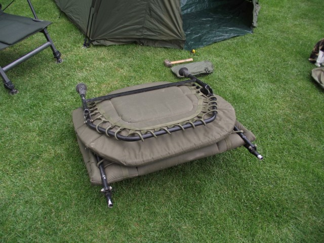 Fox Ground Tent: Easy Dome Review Bed_110