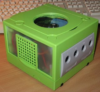 -= CUSTOM GAMECUBE =-  Phosph10