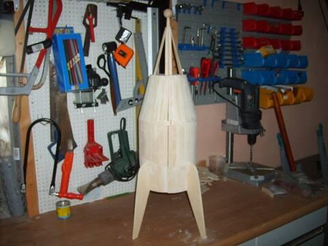 Spielrakete Aus Holz
