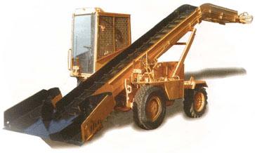 Schneelader Typ S-4M 710