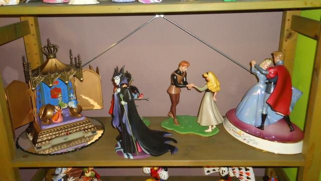 Walt Disney Classics Collection - Enesco (depuis 1992) - Page 4 Dsc09013