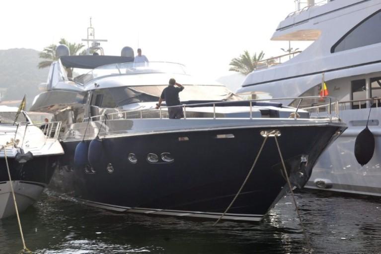 Alpa : Yacht Royal Albert II Att00012