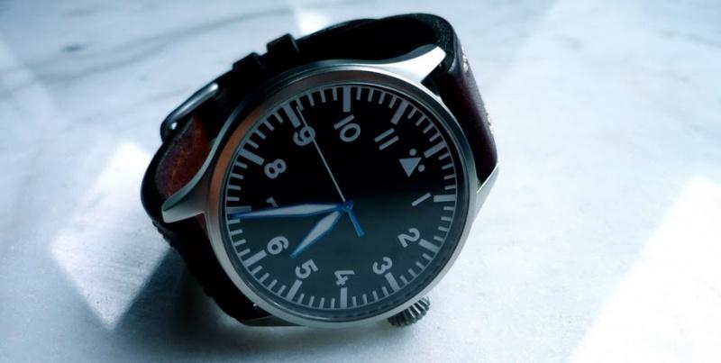 flieger - Une montre type Flieger pour 600€ max (vos avis?) - Page 4 P1030310