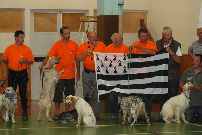 concours de chien  - Page 3 S110