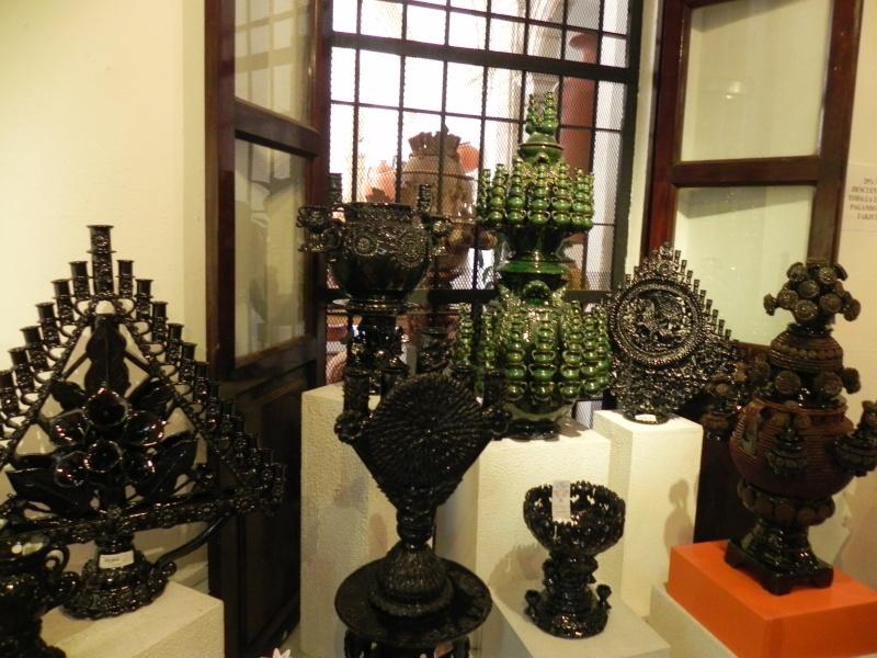 Pina (Pineapple) Pottery Dscn0817