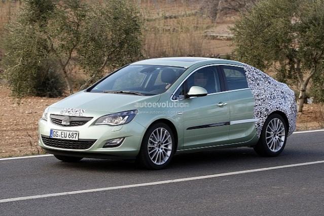 2012 - [Opel] Astra Restylée (toutes déclinaisons) [J] 585